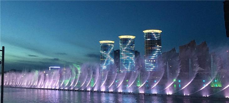 呼和浩特如意河喷泉照亮青城