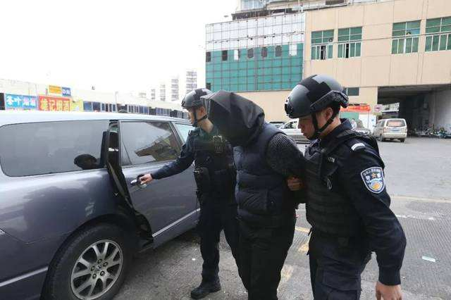 武川县人民检察院批准逮捕19名涉恶犯罪嫌疑人