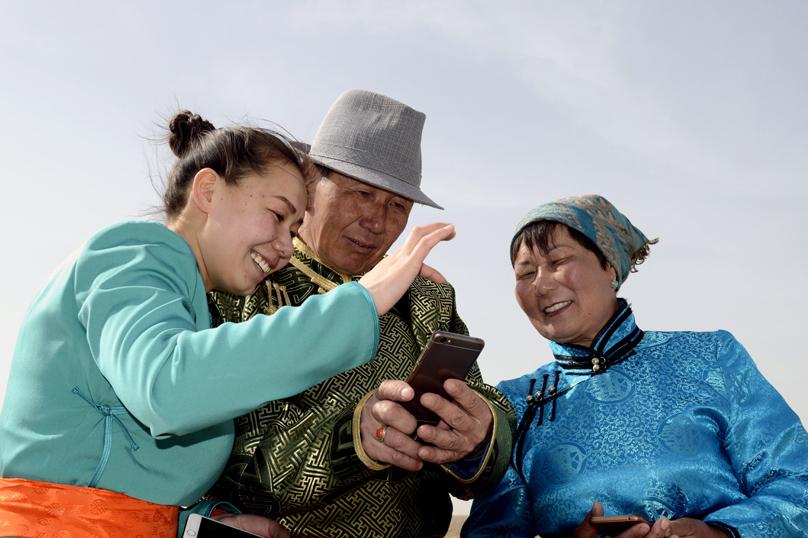 影像记录牧民生活