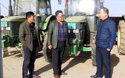 托县农牧业局开展冬季农机安全生产大检查