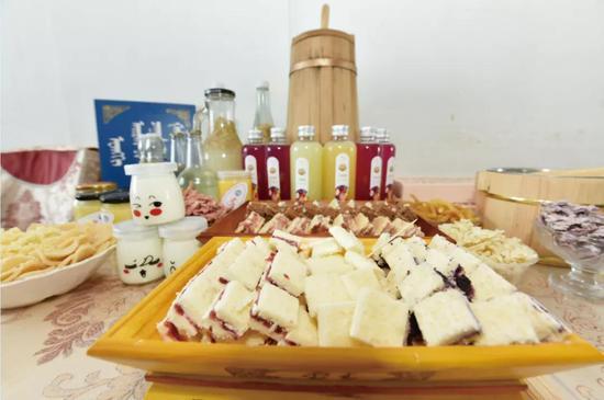 爱上内蒙古 | 呼伦贝尔各民族美食构成多味餐桌