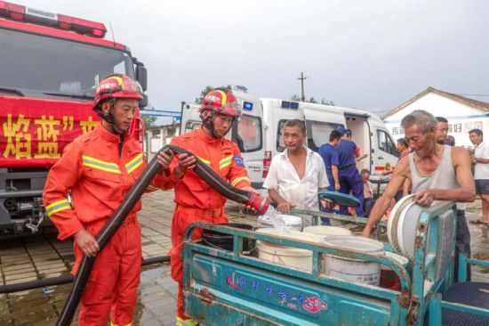 内蒙古消防员忆抗洪救援:我只是千千万万中的一员
