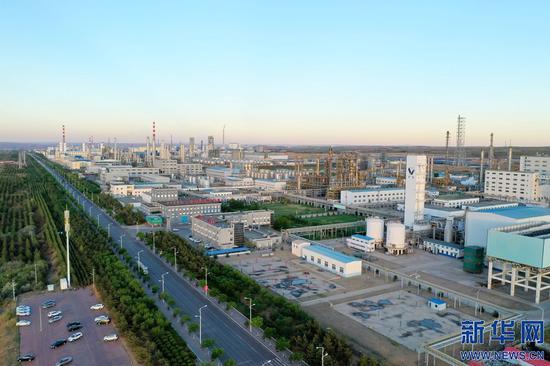 这是内蒙古自治区鄂尔多斯市大路工业园区一景。大路工业园区管委会供图
