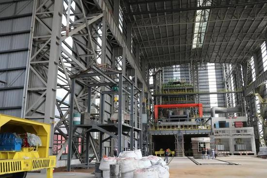 国内首条氢基熔融还原高纯生铁生产线在乌海成功出铁