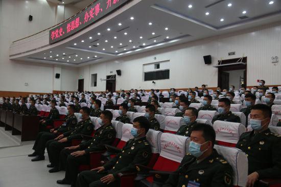 内蒙古军区组织机关和直属队官兵演讲交流活动