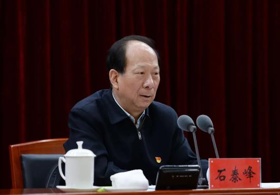 石泰峰为内蒙古高校师生作党史学习教育专题辅导报告