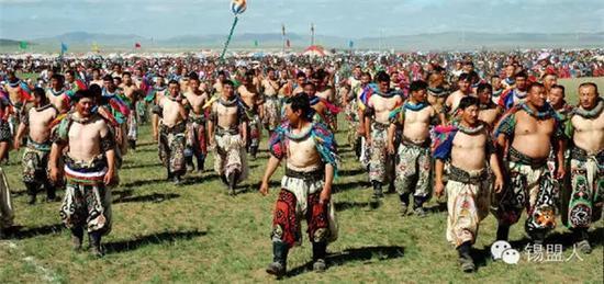 这里拥有最传统的蒙古族夏季那达慕