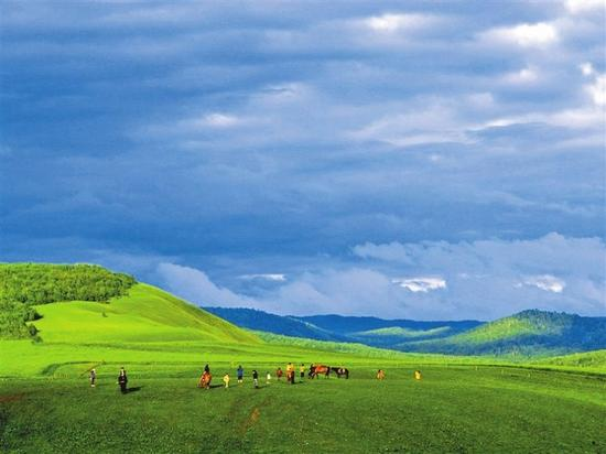 为实现两大目标,内蒙古完成了大数据发展路线图