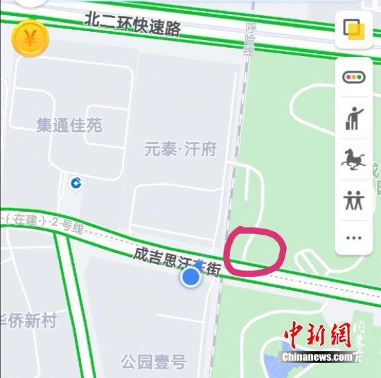 图为:售楼部的地理位置 胡永凤 摄