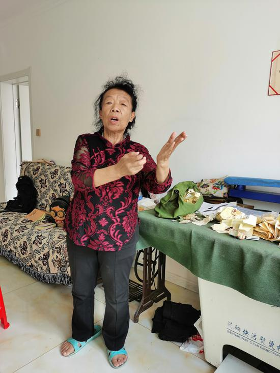 长年控告巴图孟和的被害人母亲韩杰。
