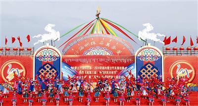 奈曼旗宝古图沙漠旅游区揭开沙漠旅游文化狂欢序幕