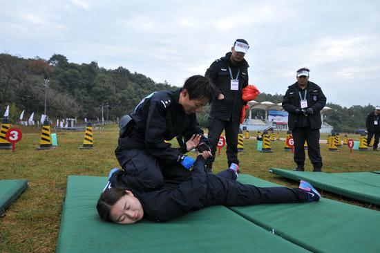 孙婉桐参加全国大城市公安机关警察体育三项赛