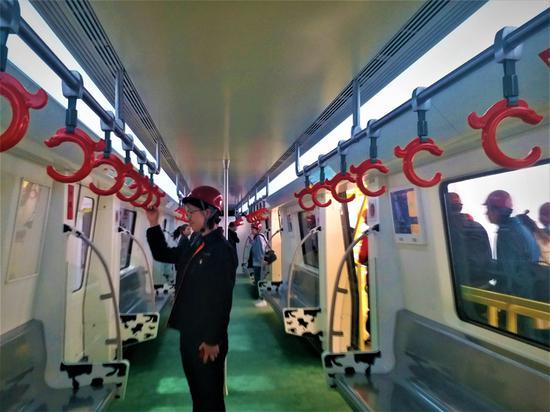 呼和浩特市城市轨道交通1、2号线一期工程,2016年4月开工建设。据了解,呼和浩特市城市轨道交通线网规划由5条线路组成,1、2号线是骨干线,3、4、5号线为辅助线。轨道交通线网总规模154.9公里。