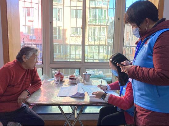 呼和浩特太平街社区人口普查入户有序开展 数据对比筛查同步进行