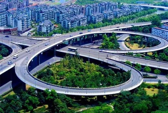 云中路新机场连接线工程:项目北起南二环路