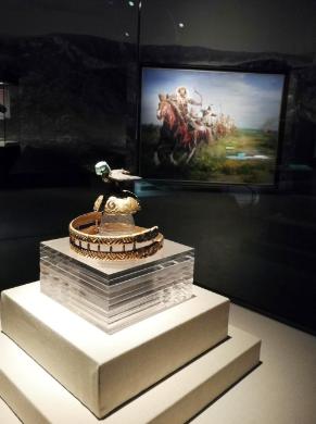 昭君博物院内展出的匈奴王冠