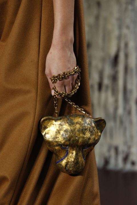 野性的动物元素也是亘古不变的珠宝主题。
