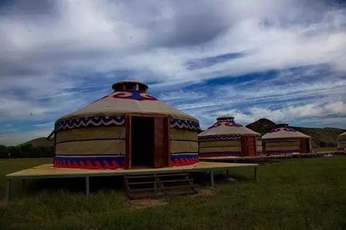 内蒙古艺术摄影学会赴和林县白其口采风 展示最美浑河