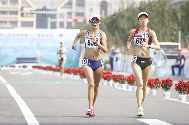全运会女子20公里竞走比赛 杨家玉为内蒙古夺第六金