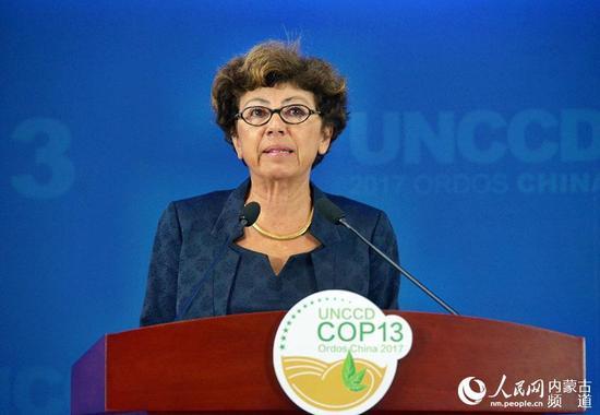 联合国助理秘书长、《联合国防治荒漠化公约》执行秘书莫妮卡·巴布致辞。