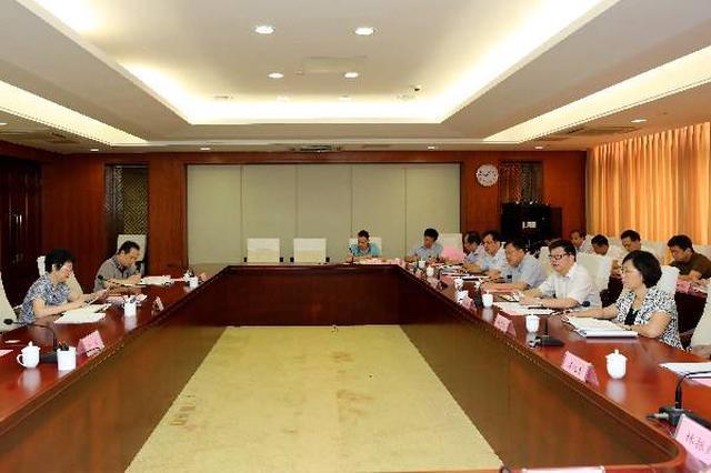 内蒙古:纪委领导班子成员每季度至少接访一次