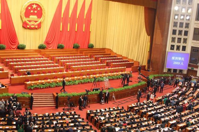 住内蒙古全国政协委员提交提案99件立案87件