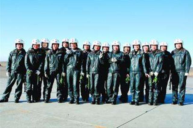我国将选拔约18名预备航天员