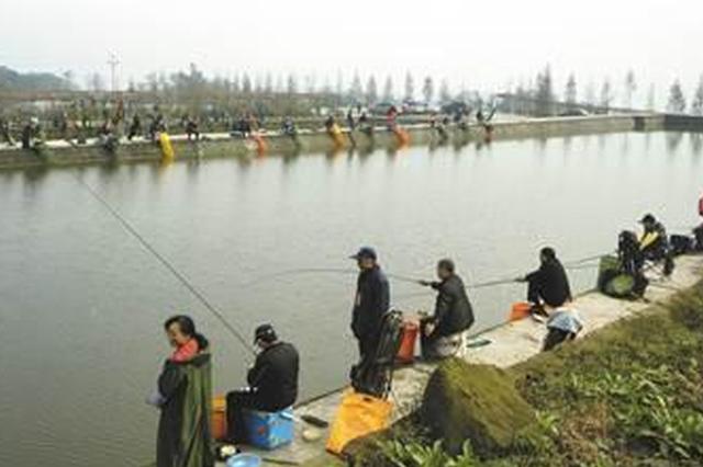 """磴口县: 休闲渔业""""钓""""出大产业"""