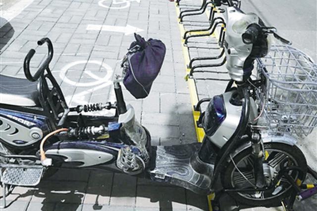 非机动车停车架扮靓街道