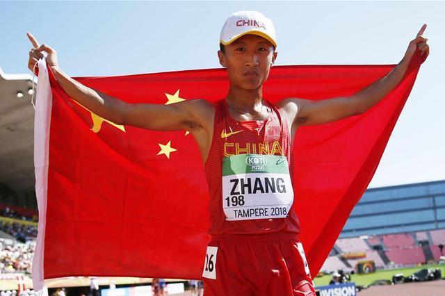 内蒙古运动员张尧勇夺田径世青赛10000米竞走冠军