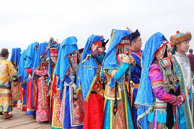 中国情人节:在苏泊罕草原上 探秘鄂尔多斯婚礼