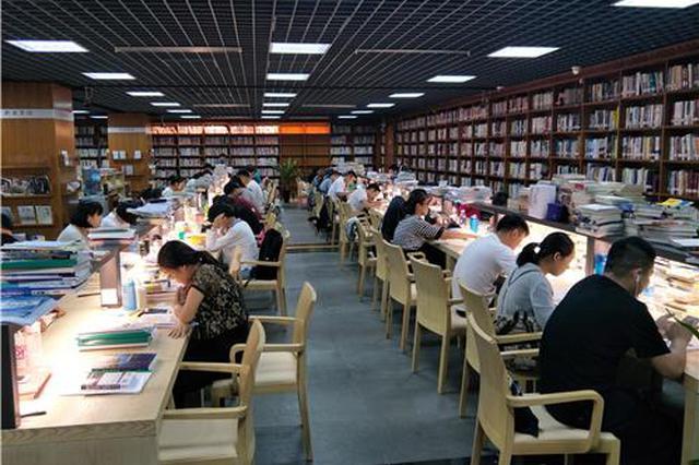 """鄂尔多斯市 24小时自助图书馆 让全民阅读不""""打烊"""""""