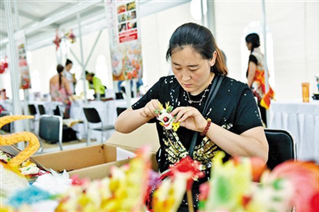 """包头市文化产业发展成果:兴盛镇出了个""""艺术村"""""""