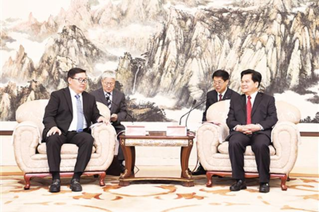 李纪恒会见蒙古国部长政府办公厅主任赞登沙特尔