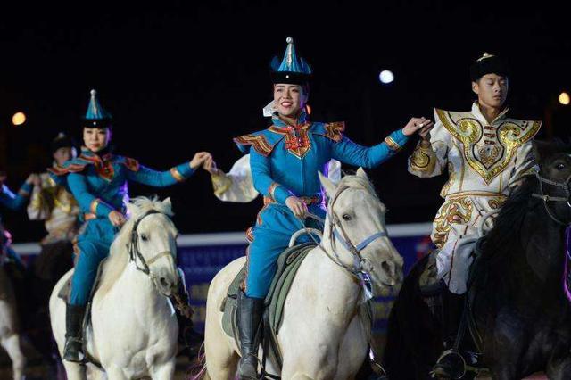 第五届内蒙古国际马术节举行开幕式 其其格出席