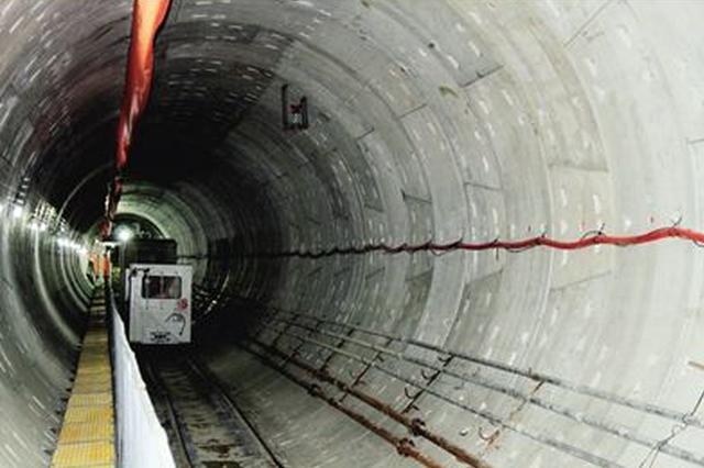 呼和浩特市地铁1号线首段单项区间轨通成功