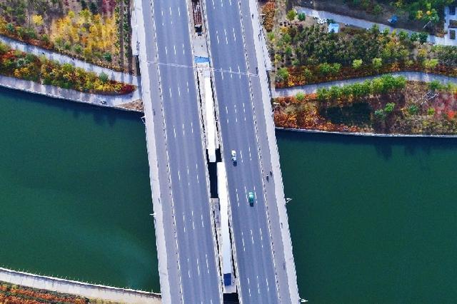 """【""""飞阅""""中国】呼和浩特环城水系:碧水层林幸福萦绕"""