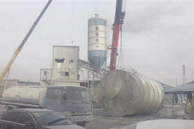 玉泉区取缔一大型混凝土搅拌站 对施工扬尘说不