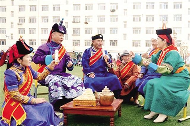 锡林浩特市:非物质文化遗产 进校园进社区