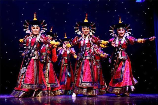 内蒙古民族大学乌兰牧骑成立揭牌仪式举行