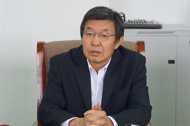 吴团英会见蒙古国工会联合会访问团一行