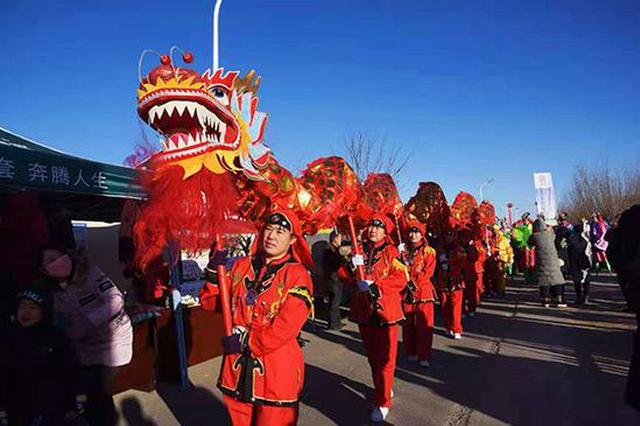 巴彦淖尔市杭锦后旗民间年猪文化节开幕