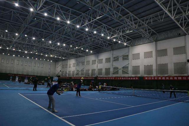 内蒙古自治区第四届网球公开赛举行总决赛