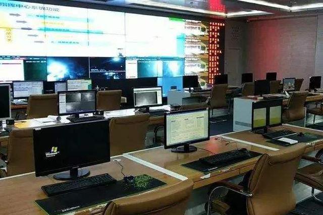 伊旗交管大队指挥中心完成122接处警工作任务6363起