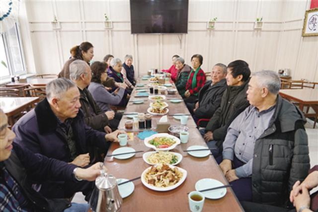 """新城区为老服务餐厅成为老年人的""""幸福食堂"""""""