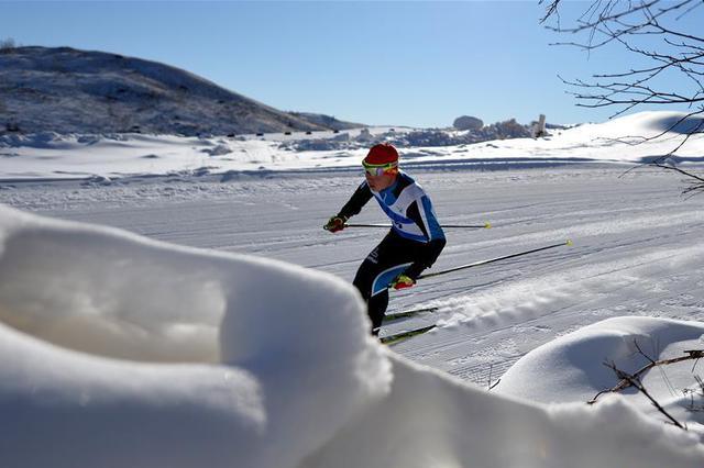 内蒙古二冬会:男子7.5km+7.5km双追逐赛赛况