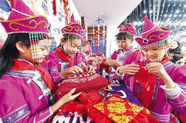 """玉泉区""""中国年文化节""""娃娃庙会活动开幕"""