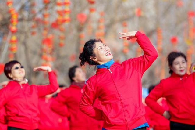 体育运动邂逅传统庙会