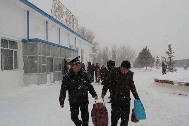 内蒙古应急管理部门多举措应对低温降雪天气