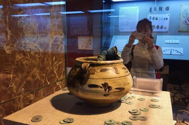 """内蒙古首家钱币博物馆开馆 """"讲述""""中国钱币史"""